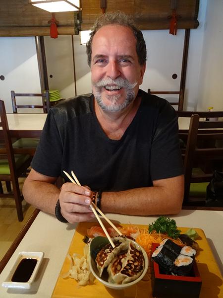 Um pouco de tudo no imaginário sobre a comida do Japão, em São Paulo